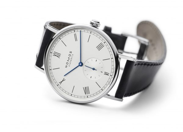 Nomos Ludwig Automatic (ref 251) - on its side